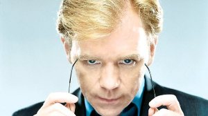 David Caruso puts on shades